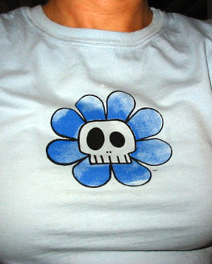 Skully Flower Tee | copyright Dragon Messmer 2005, skullyflower.com