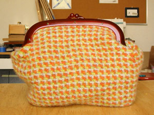 Clutch | copyright Dragon Messmer 2005, skullyflower.com